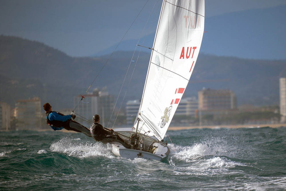 470, 420, Laser Standard & Radial - Christmas Race - Palamos ESP - Day 3