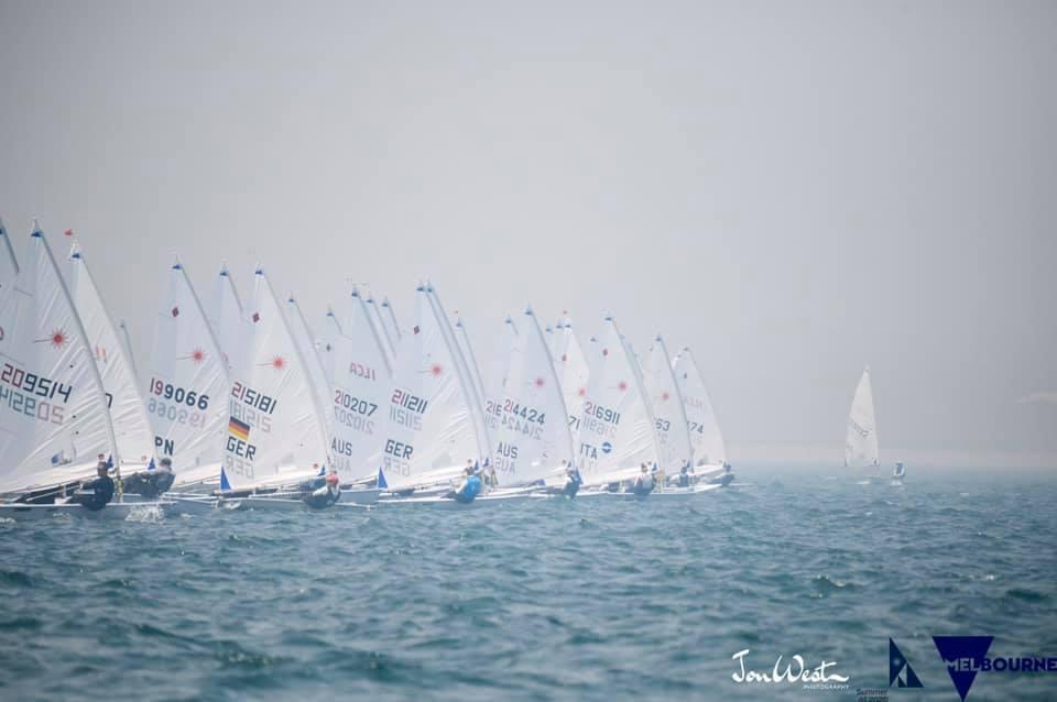 La saison européenne démarre à Antibes -  Hautes activités en Australie - Coupe du monde olympique à Miami